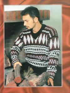 мужской вязаный свитер спицами с жаккардовым узором